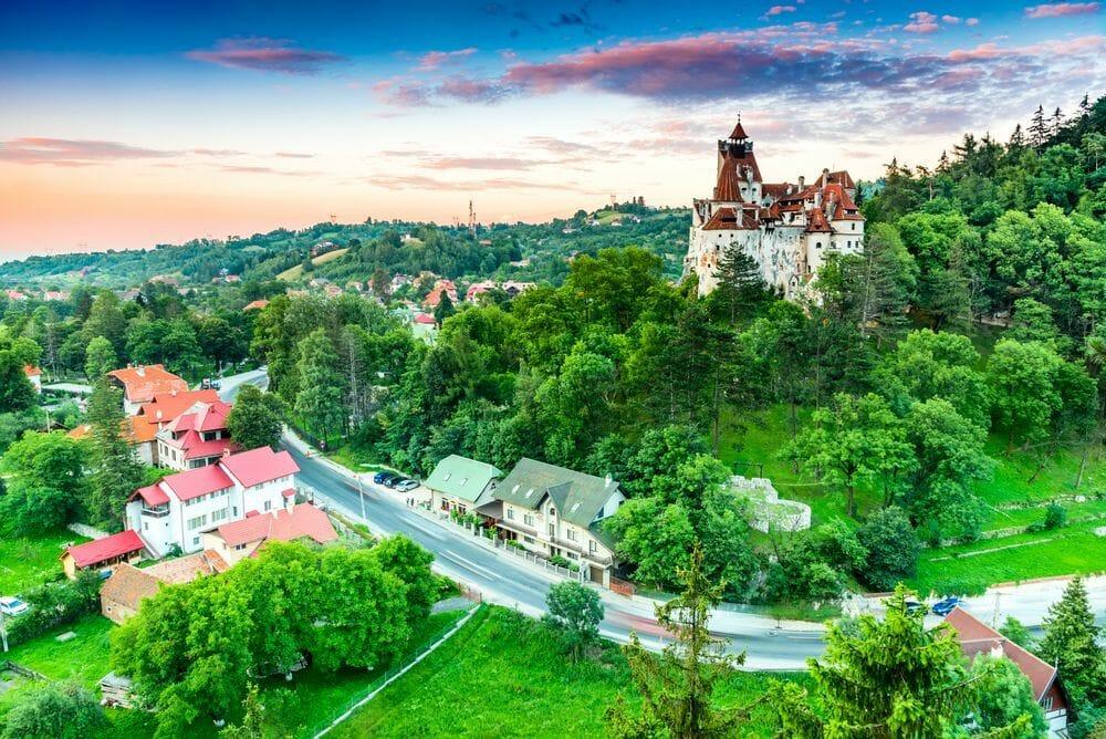INS: Sosirile în structurile de primire turistică cu funcţiuni de cazare au crescut cu 78,1% în martie, iar înnoptările cu 61,6%, faţă de martie 2020 / Cei mai mulţi vizitatori străini, cei din Germania