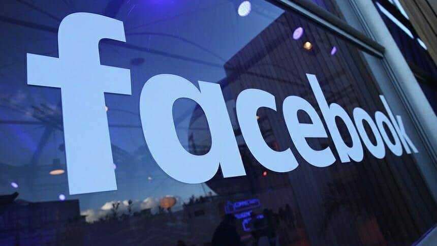Facebook atacă mai agresiv grupurile de conturi ale utilizatori reali cu activităţi dăunătoare
