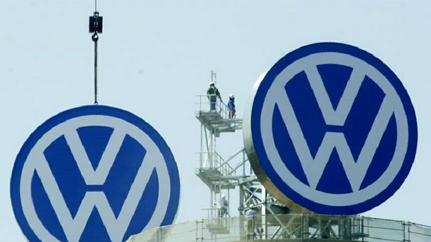 Un consorţiu condus de VW a cerut acordul Franţei pentru preluarea Europcar Mobility Group